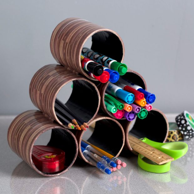 duct-tape-desk-organizer