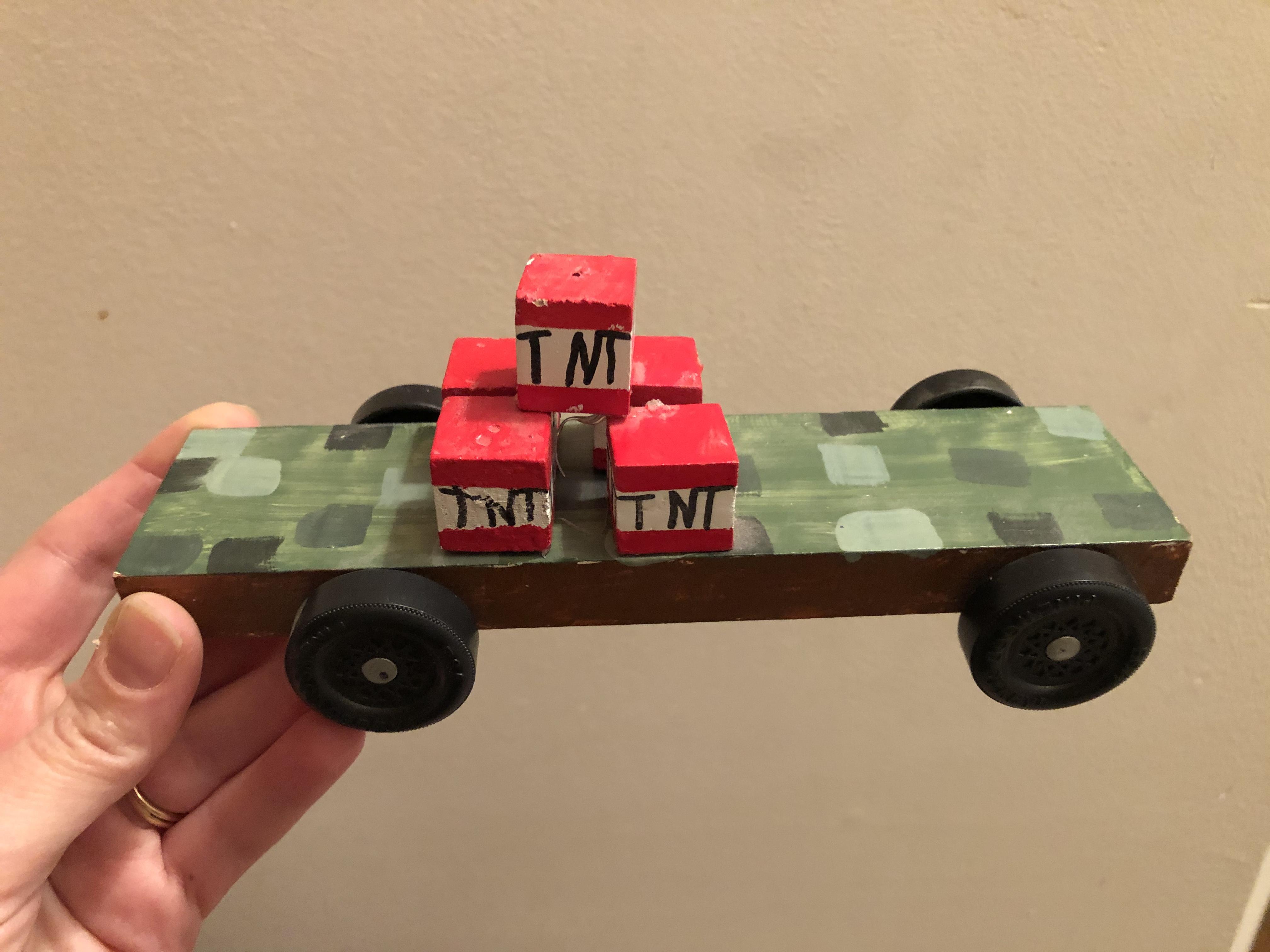 Minecraft TNT car